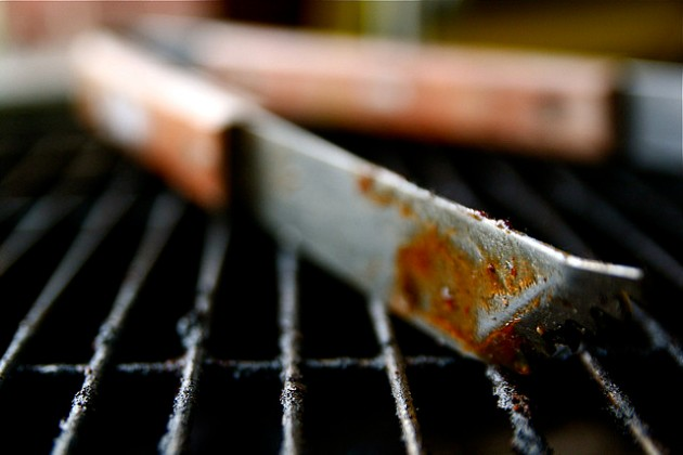 Grill tongs