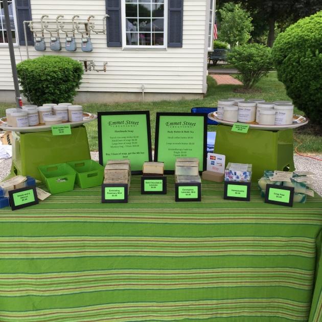 Table display for maker's fair